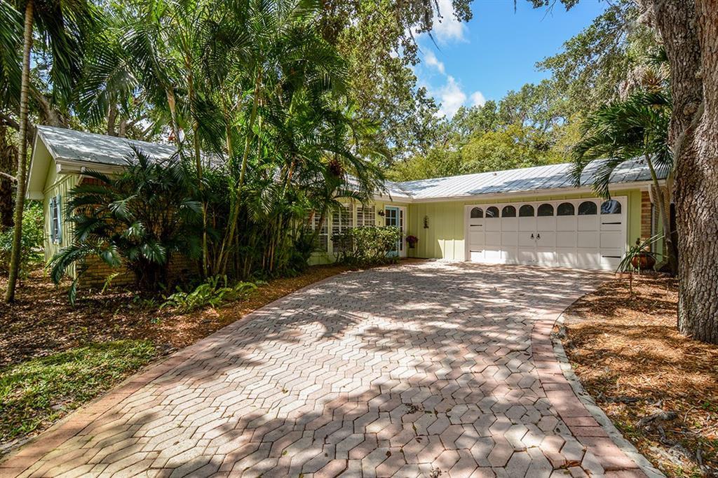 7 Ridgeview Road N, Sewalls Point, FL 34996