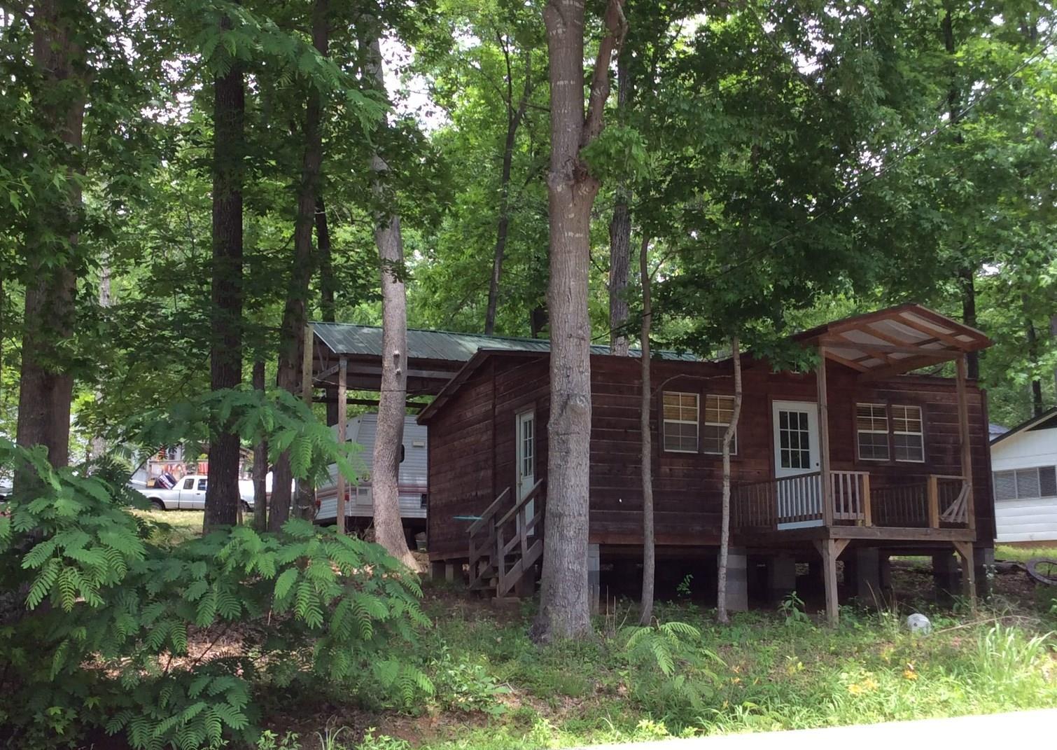 0 Lost Creek Boat Dk Rd, Decaturville, TN 38329