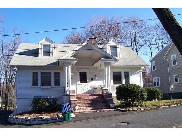 10 Colonial Place, Cornwall On Hudson, NY 12520