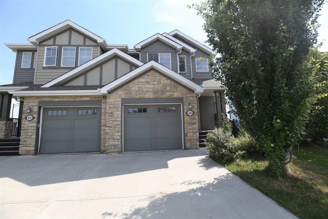 3605 WHITELAW Bay, Edmonton, AB T6W 0P9
