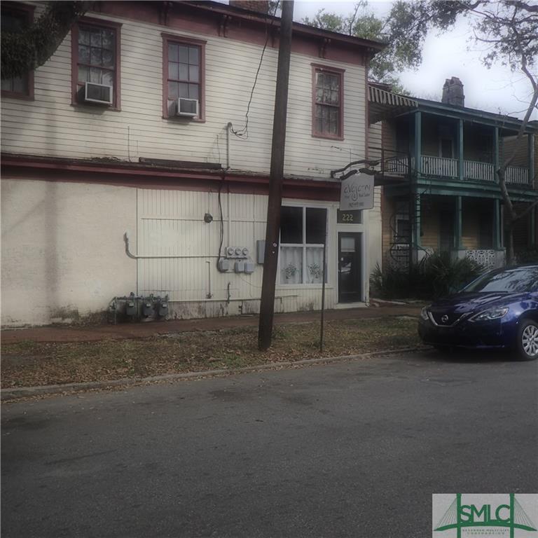 222 W Duffy Street, Savannah, GA 31401