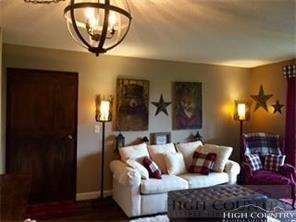 4105 301 PInnacle Inn Road 4105, Beech Mountain, NC 28604