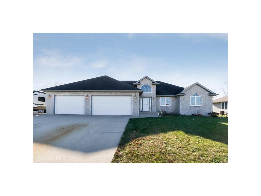 464 NW 70th Place, Ankeny, IA 50023
