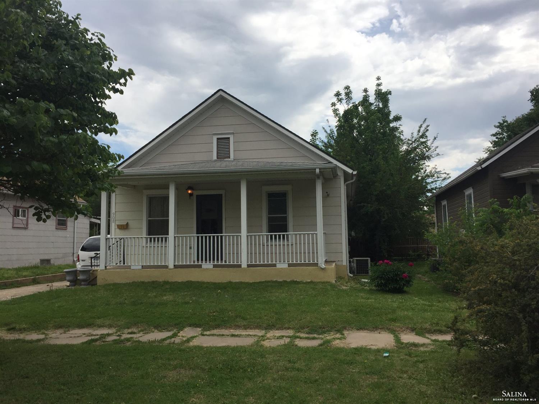 908 E Elm Street, Salina, KS 67401