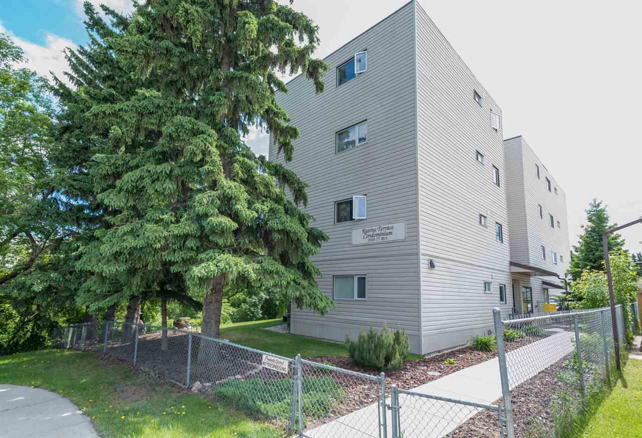 9505 77 Avenue 401, Edmonton, AB T6C 0M3