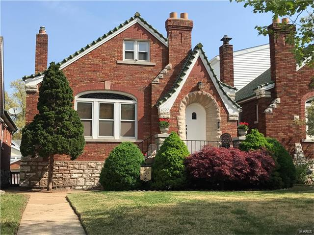 6327 Bancroft Avenue, St Louis, MO 63109