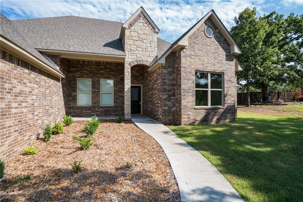 3725 Ashebury Point, Greenwood, AR 72936