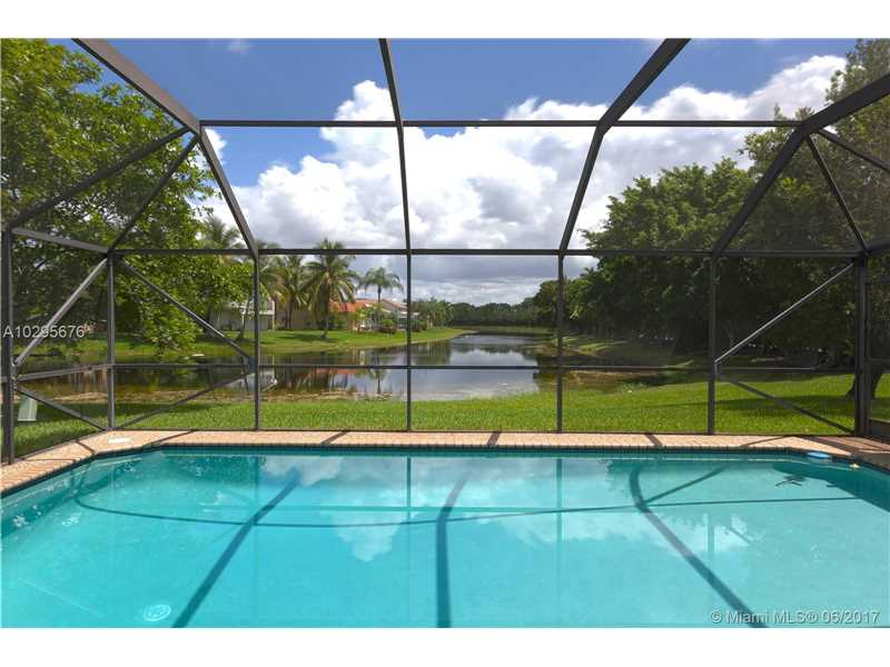 801 Hampton Ct, Weston, FL 33326