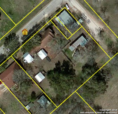 4271 S FLORES RD, Elmendorf, TX 78112