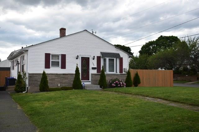 105 Seventh ST, East Providence, RI 02914