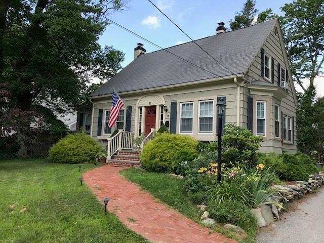 18 Miller AV, East Providence, RI 02916