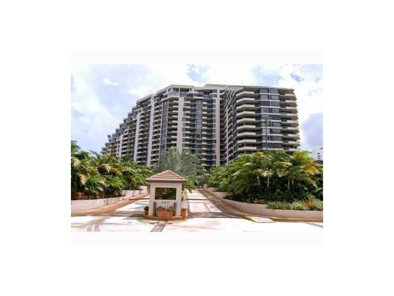 520 Brickell Key Dr APH01, Miami, FL 33131