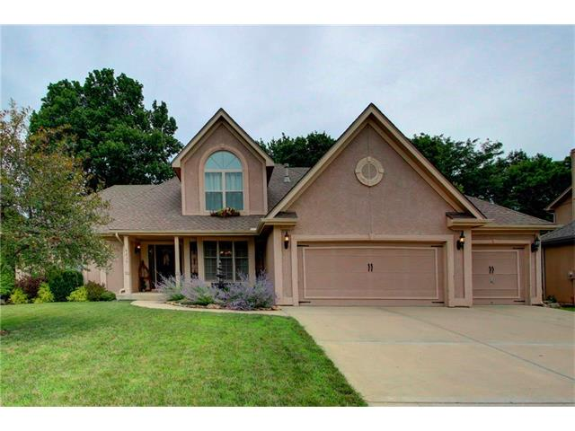 6235 NW Forest Drive, Parkville, MO 64152