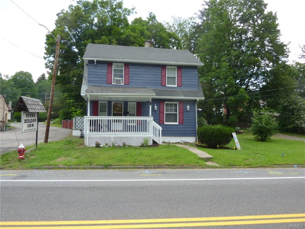 25 Seven Lakes Drive, Sloatsburg, NY 10974