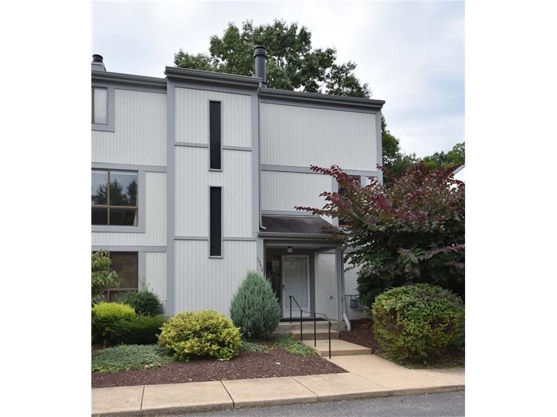 1552 Pinehurst Drive, Pittsburgh, PA 15241