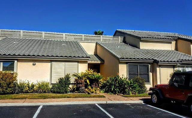 1805 Bayhouse Dr, Rockport, TX 78382