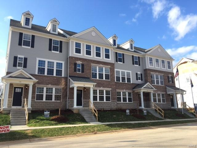 The Lakeview, Richmond Heights, MO 63117
