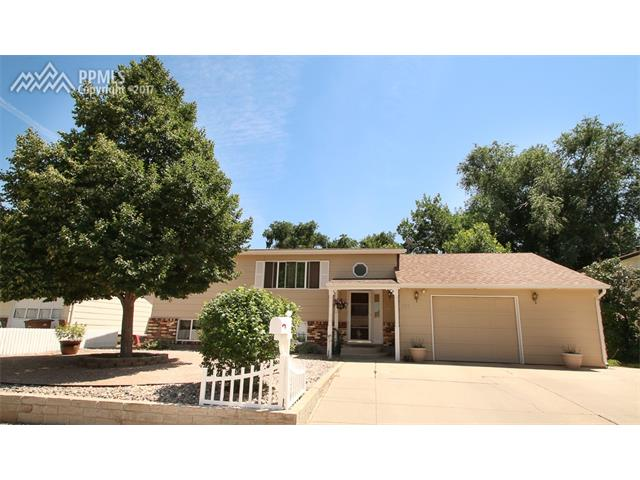 630 Clearview Drive, Fountain, CO 80817