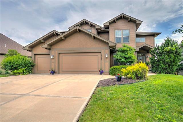 15285 W 164th Terrace, Olathe, KS 66062