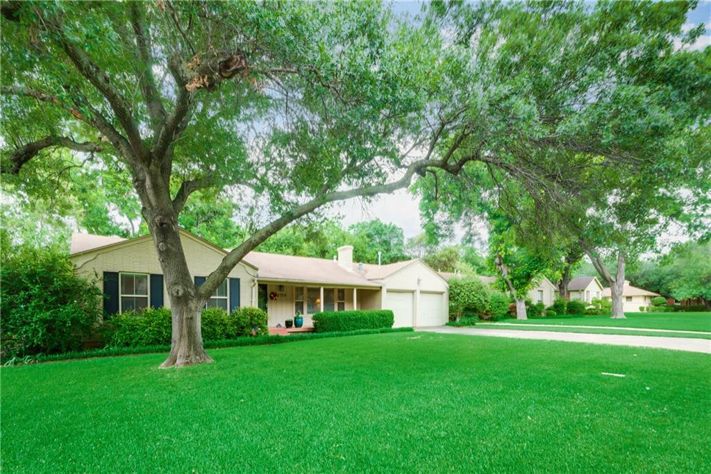 3709 Winslow Drive, Fort Worth, TX 76109