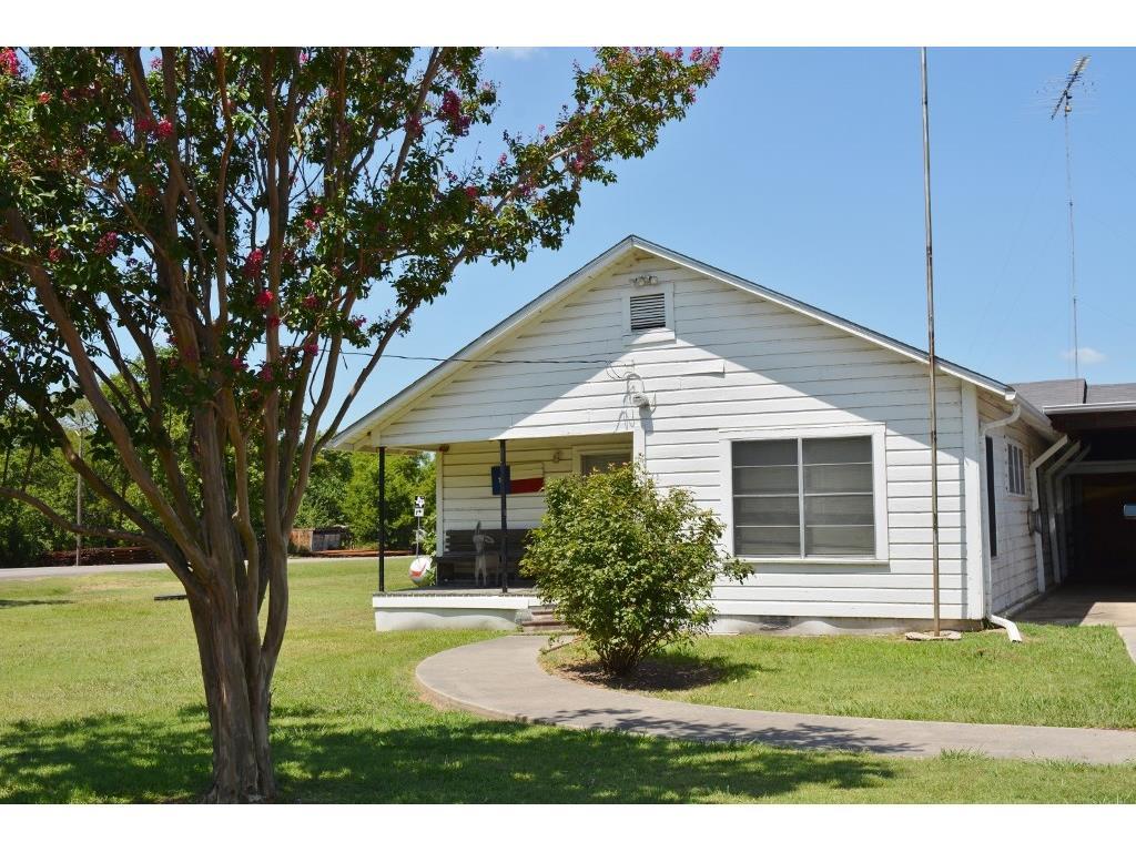 17746 Farm Road 71, Sulphur Bluff, TX 75481