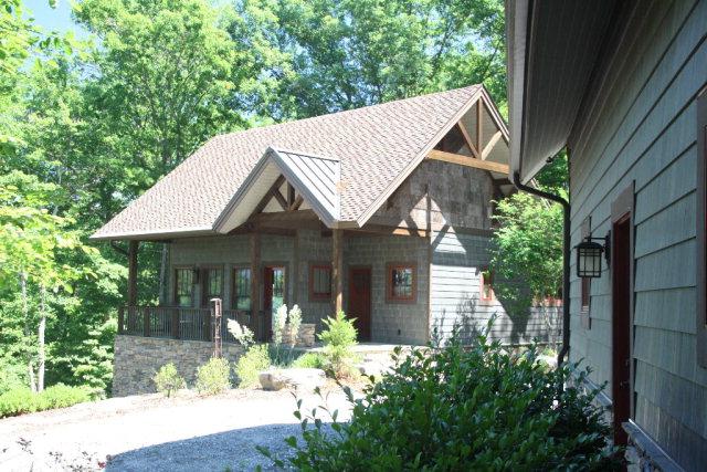 2198 Yellow Fork Trail E, Nebo, NC 28761