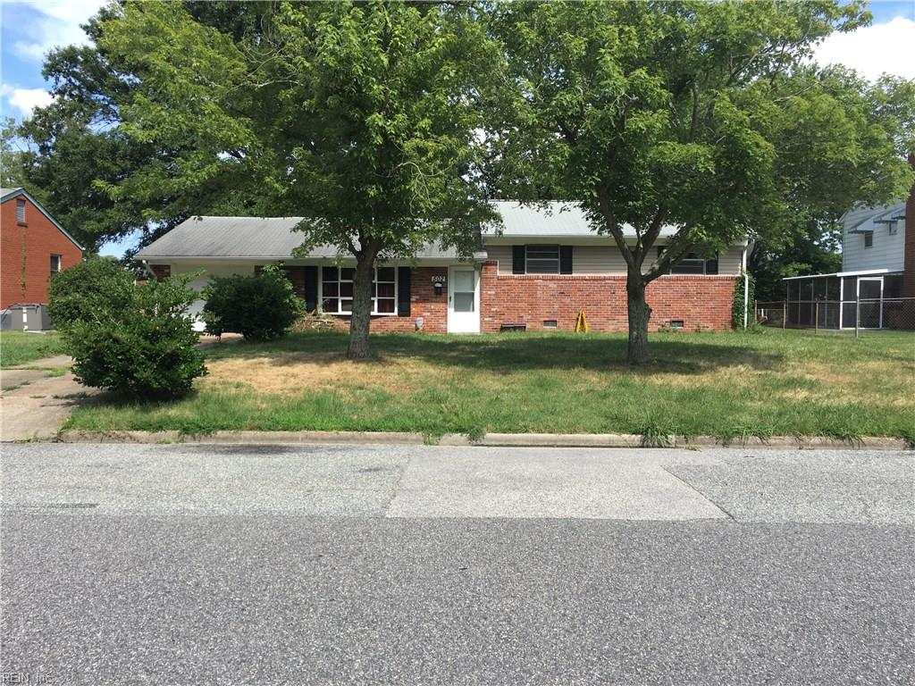 502 CATALPA DR, Newport News, VA 23601