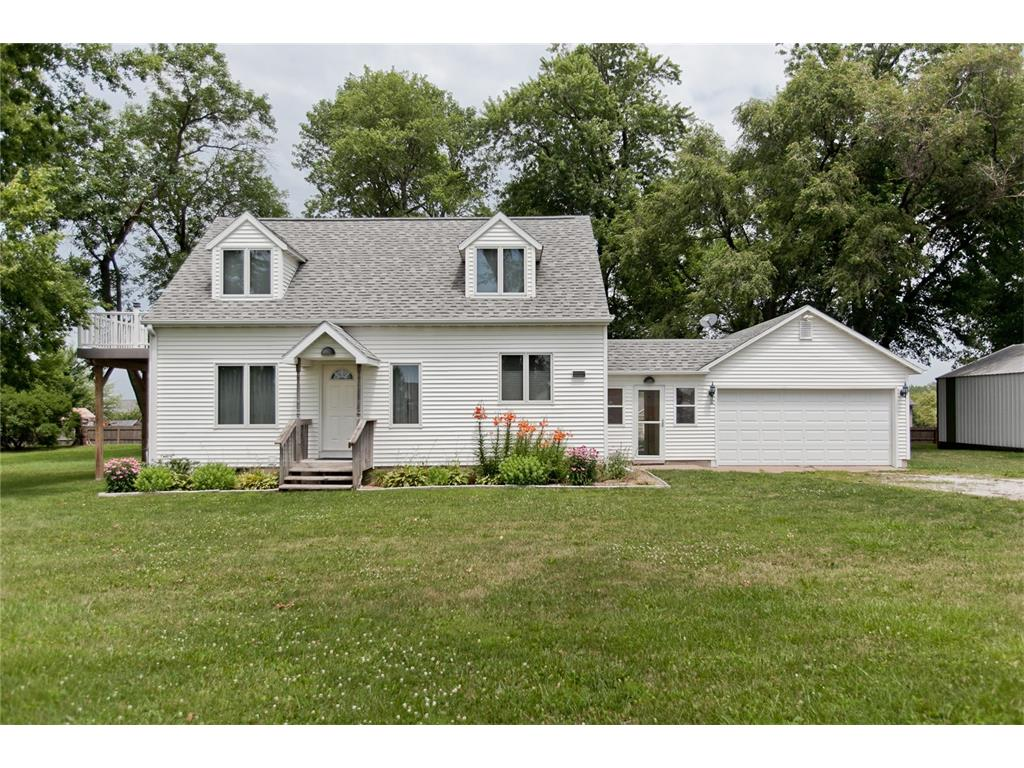 305 E Park Ridge Road, Atkins, IA 52206