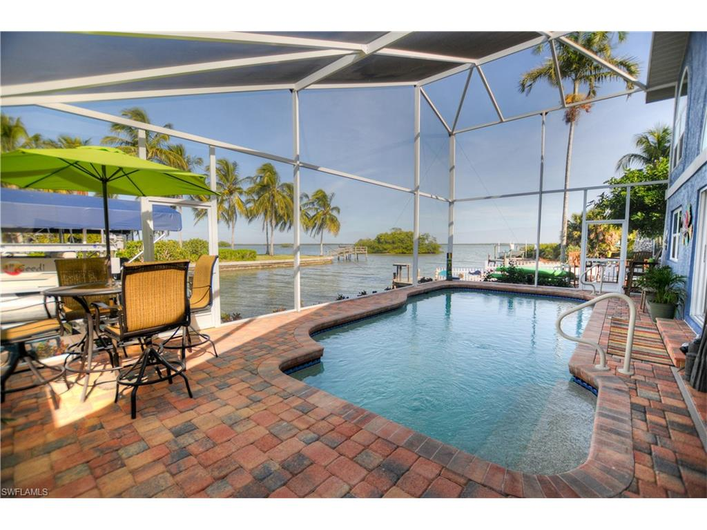 285 Albatross ST, FORT MYERS BEACH, FL 33931