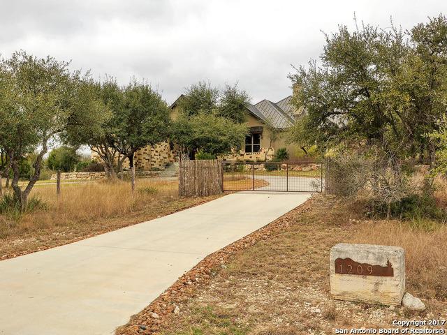 1209 Encinitas Street, Bulverde, TX 78163