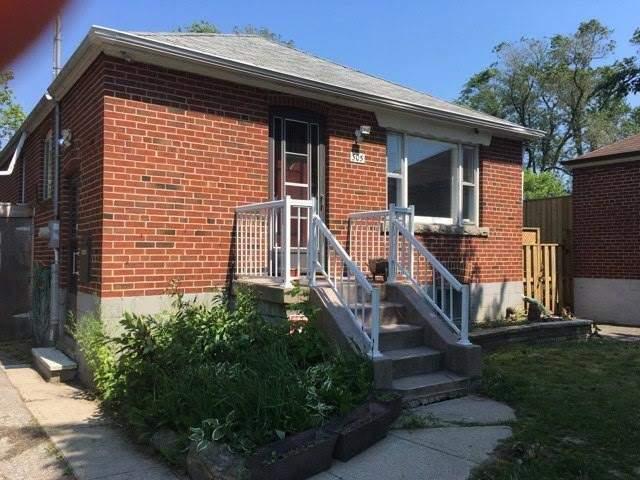 305 Aylesworth Ave, Toronto, ON M1N 2K3