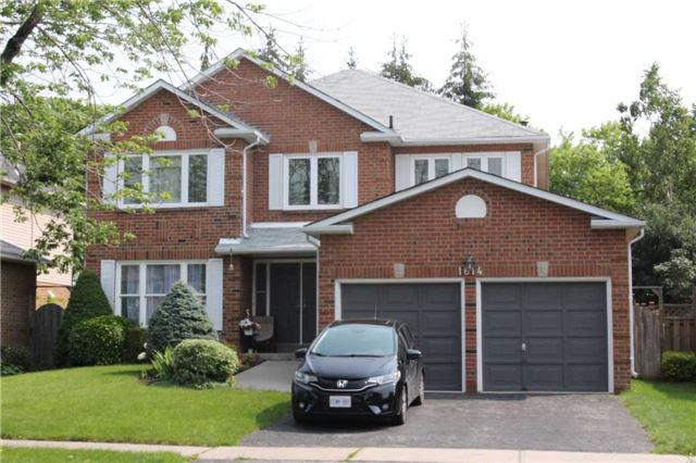 1614 Major Oaks Rd, Pickering, ON L1X 2G8