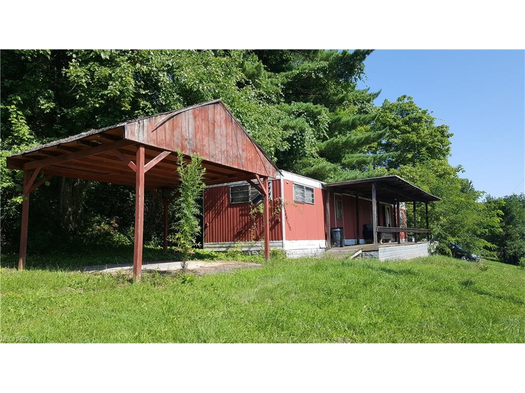 57077 Russell Rd, Senecaville, OH 43780