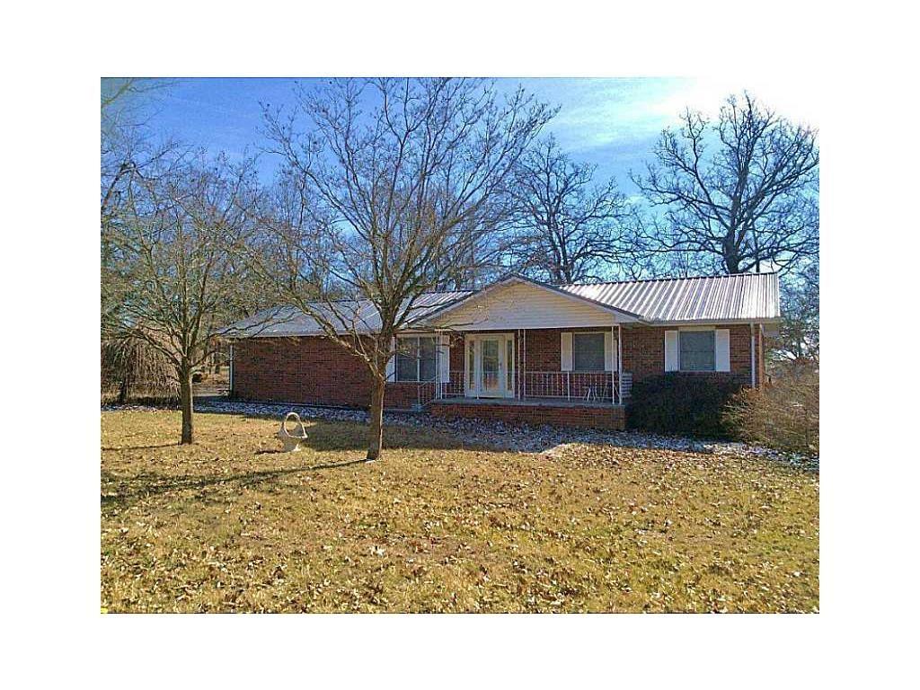 1014 N Forest CIR, Cassville, MO 65625