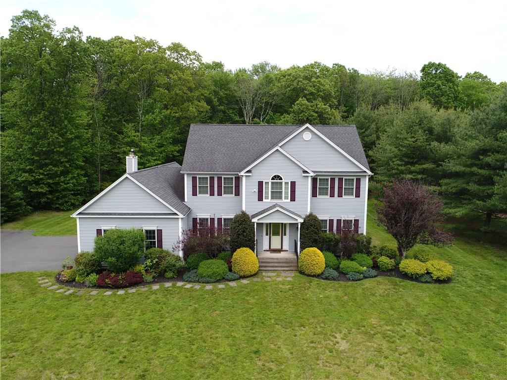 10 Tall Pines Drive, Oxford, CT 06478