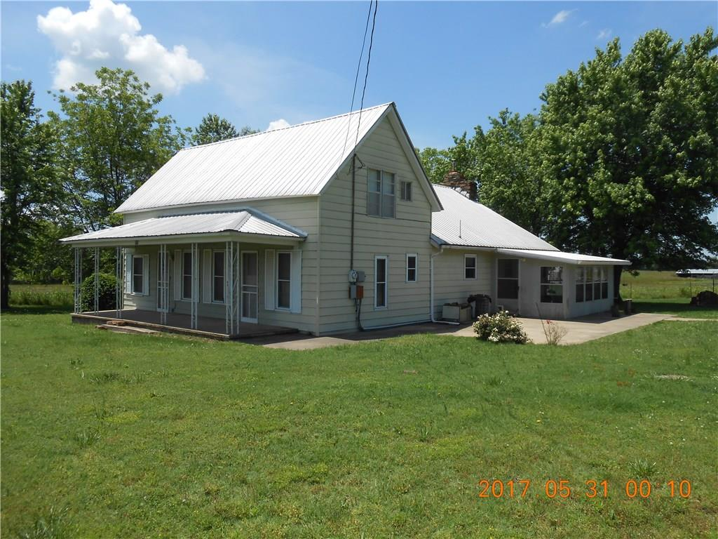 703 S West AVE, Lincoln, AR 72744