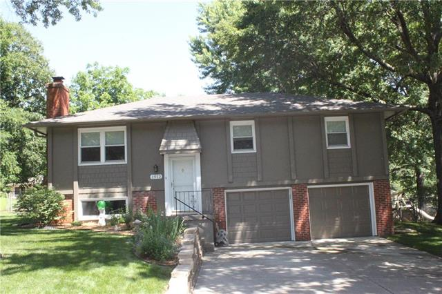 1912 SE Piccadilly Street, Blue Springs, MO 64014