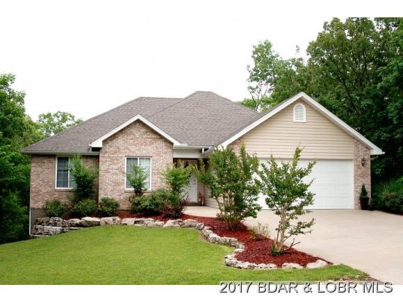 112 Blackfoot, Lake Ozark, MO 65049