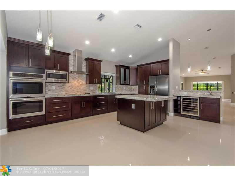 6001 NW 61st Ave, Parkland, FL 33067