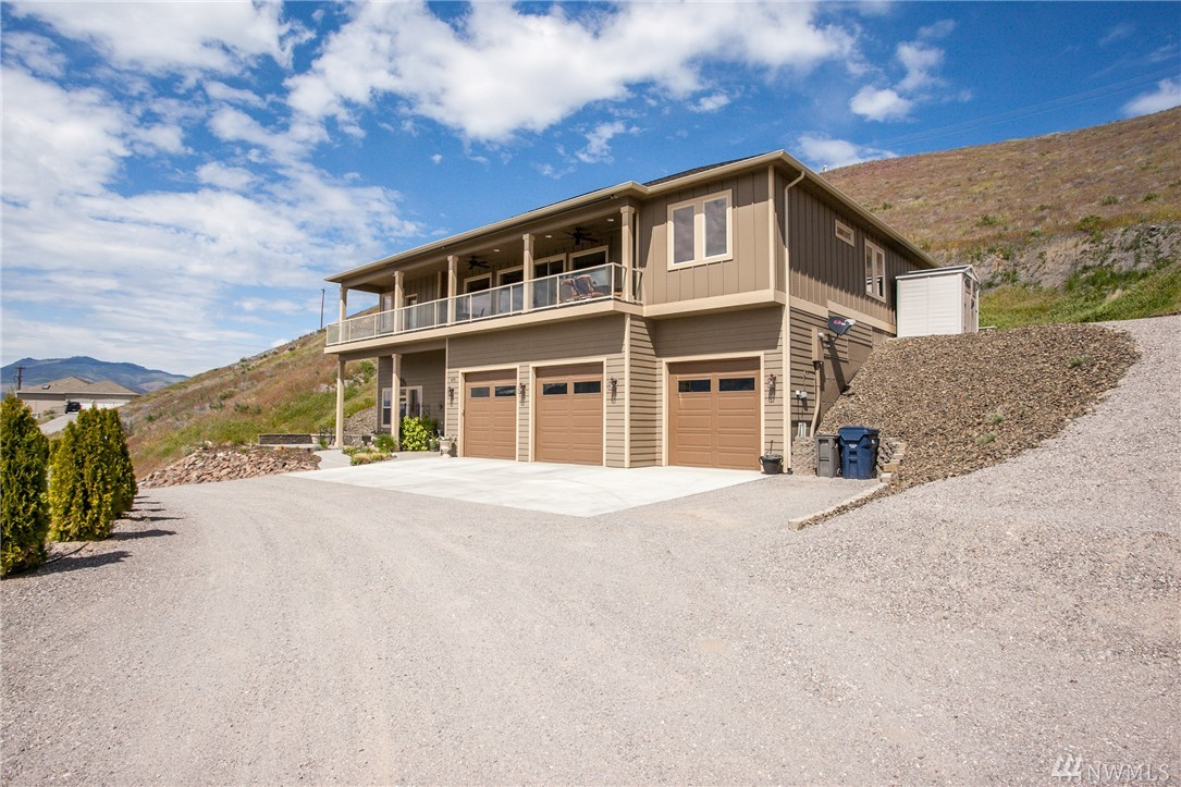 475 Lower Daniels Dr, East Wenatchee, WA 98802