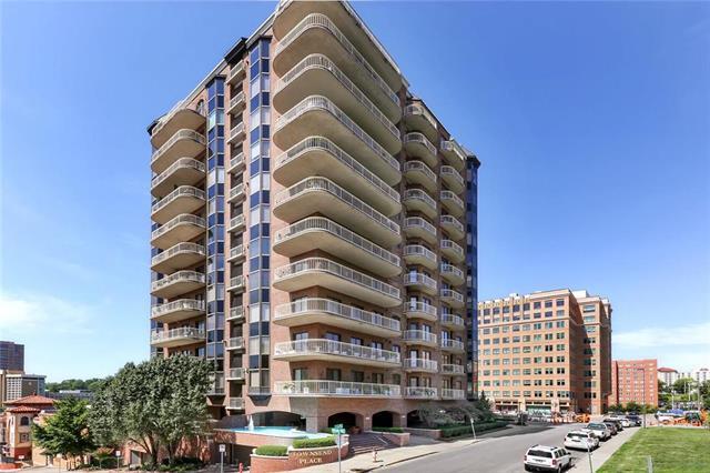 411 W 46th Terrace, Kansas City, MO 64112