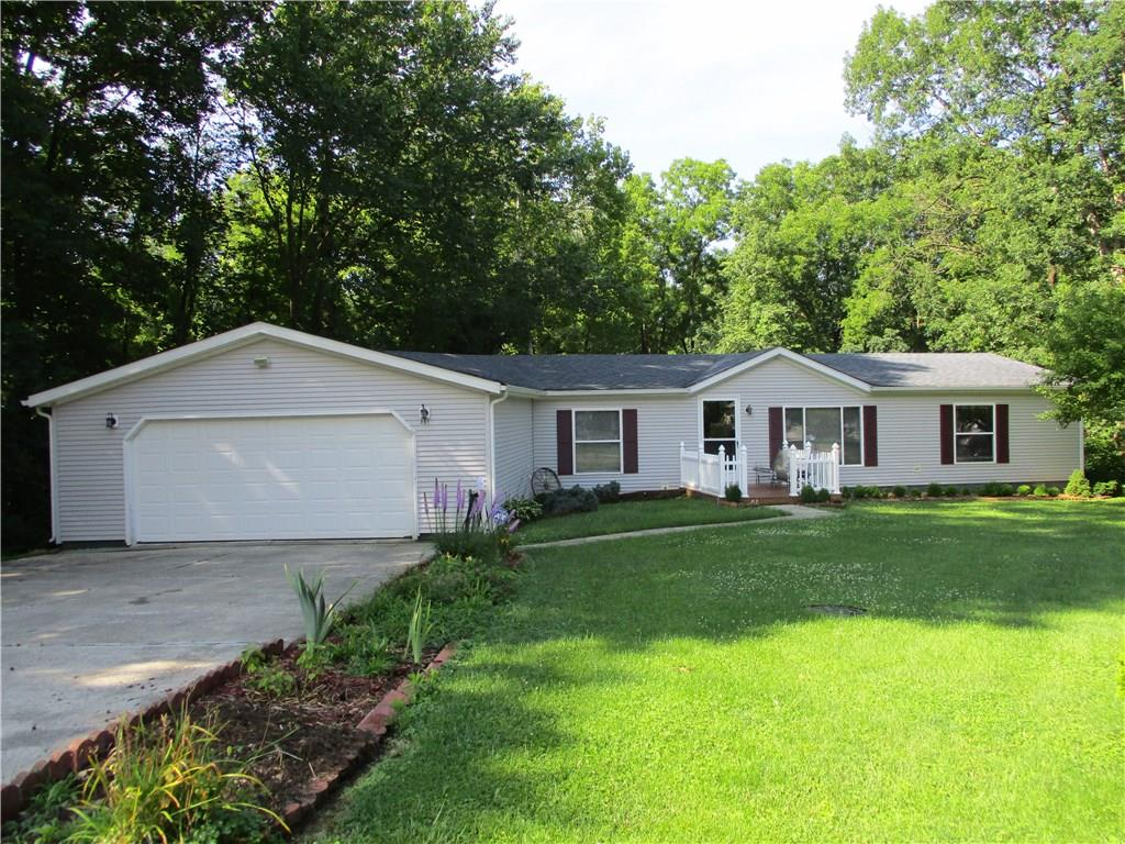 465 PEBBLE POINT, Cloverdale, IN 46120
