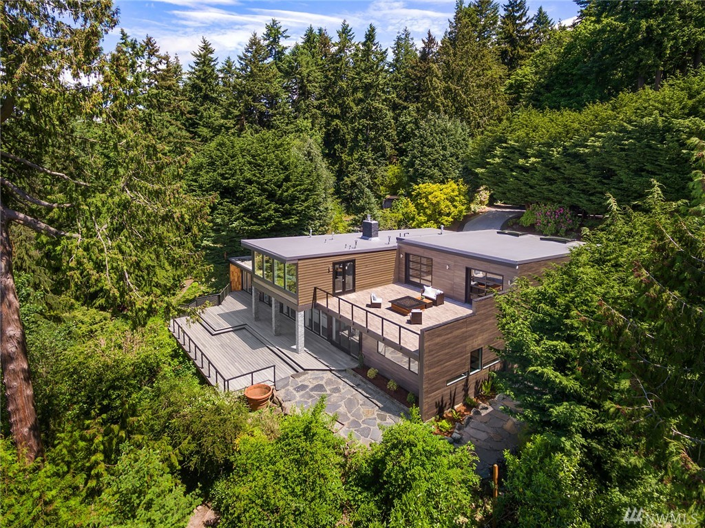 899 NW Elford Dr, Seattle, WA 98177