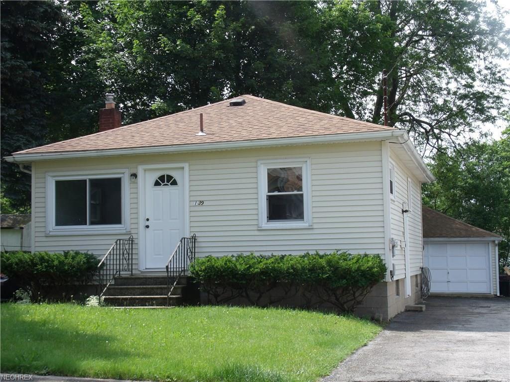 139 Olive St, Girard, OH 44420