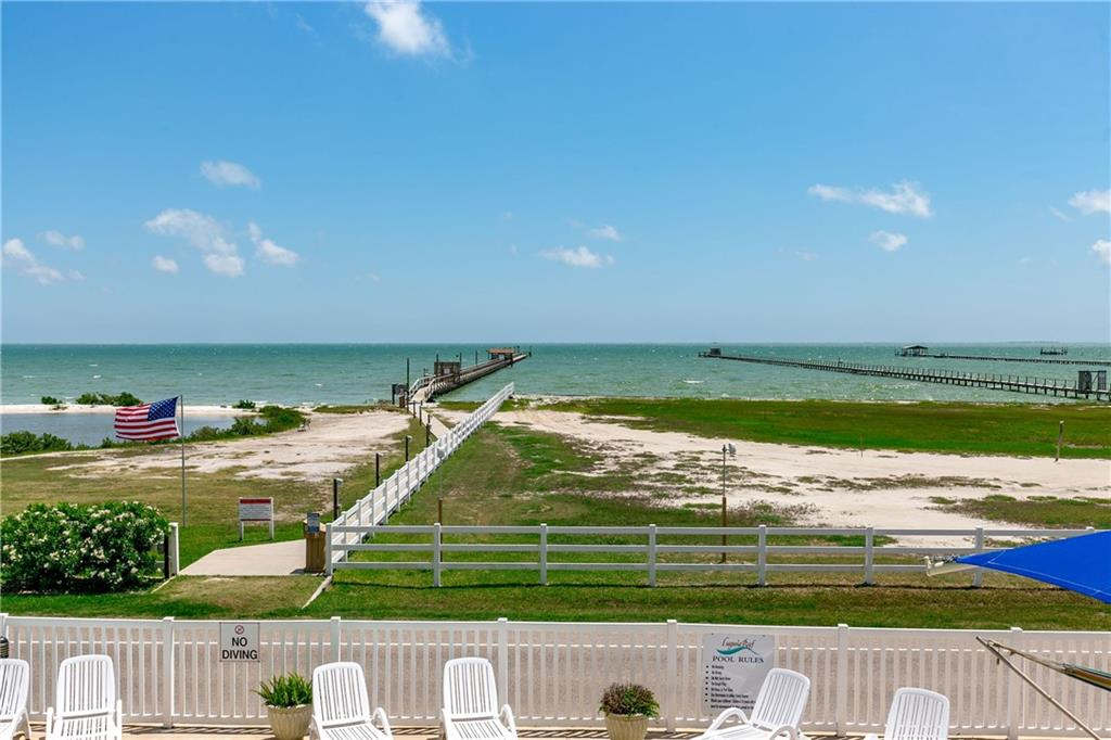1021 S water St 210, Rockport, TX 78382