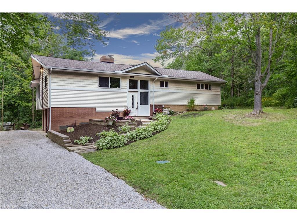 11234 Walnut Ridge Rd, Chesterland, OH 44026