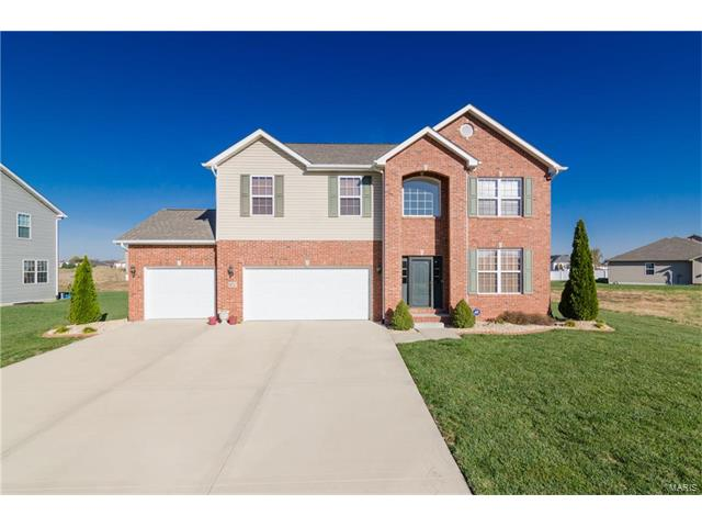 9711 Weatherby Street, Mascoutah, IL 62258