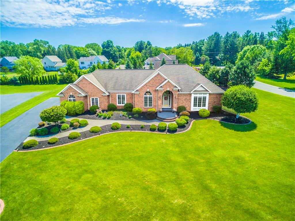 800 Mont Blanc Drive, Webster, NY 14580