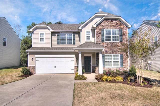14318 Green Birch Drive, Pineville, NC 28134