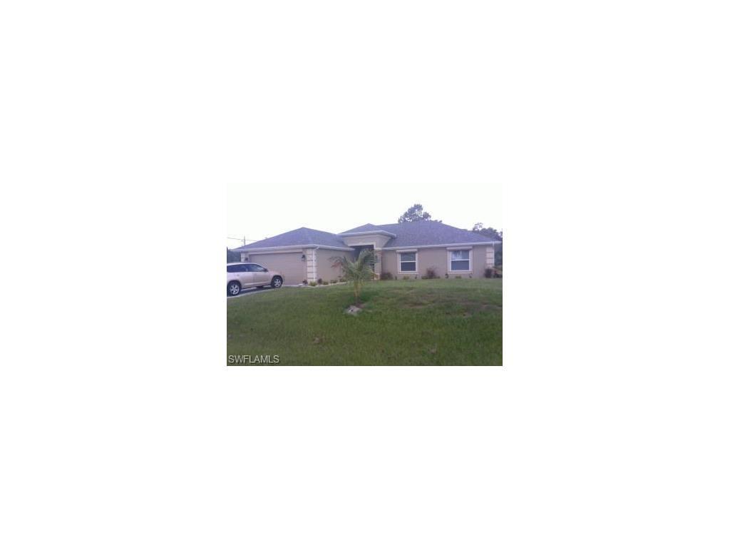 913 Alvin AVE, LEHIGH ACRES, FL 33971